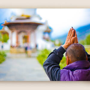 Monk Praying : Bhutan
